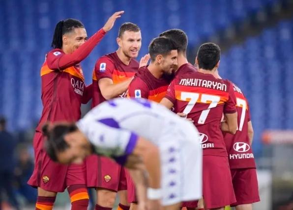 ฟอนเซก้าให้รางวัลลูกทีมโรม่าหยุดพัก1วัน | thsport.com
